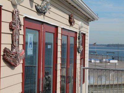 Tony's Pier Restaurant outside view